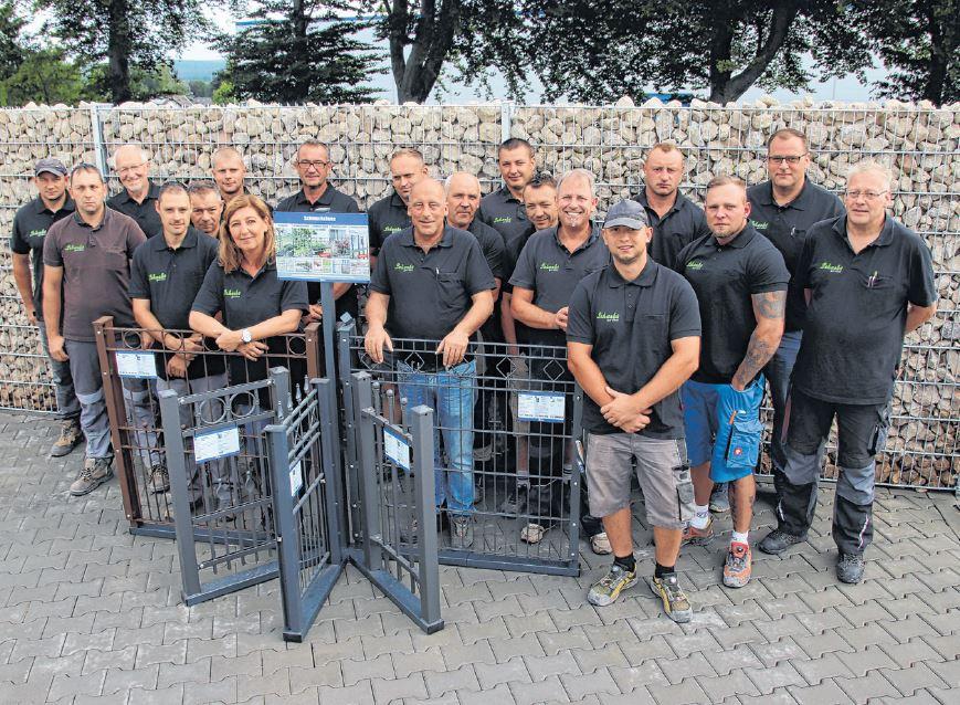 Teamfoto Schacht garden mit allen Mitarbeitern
