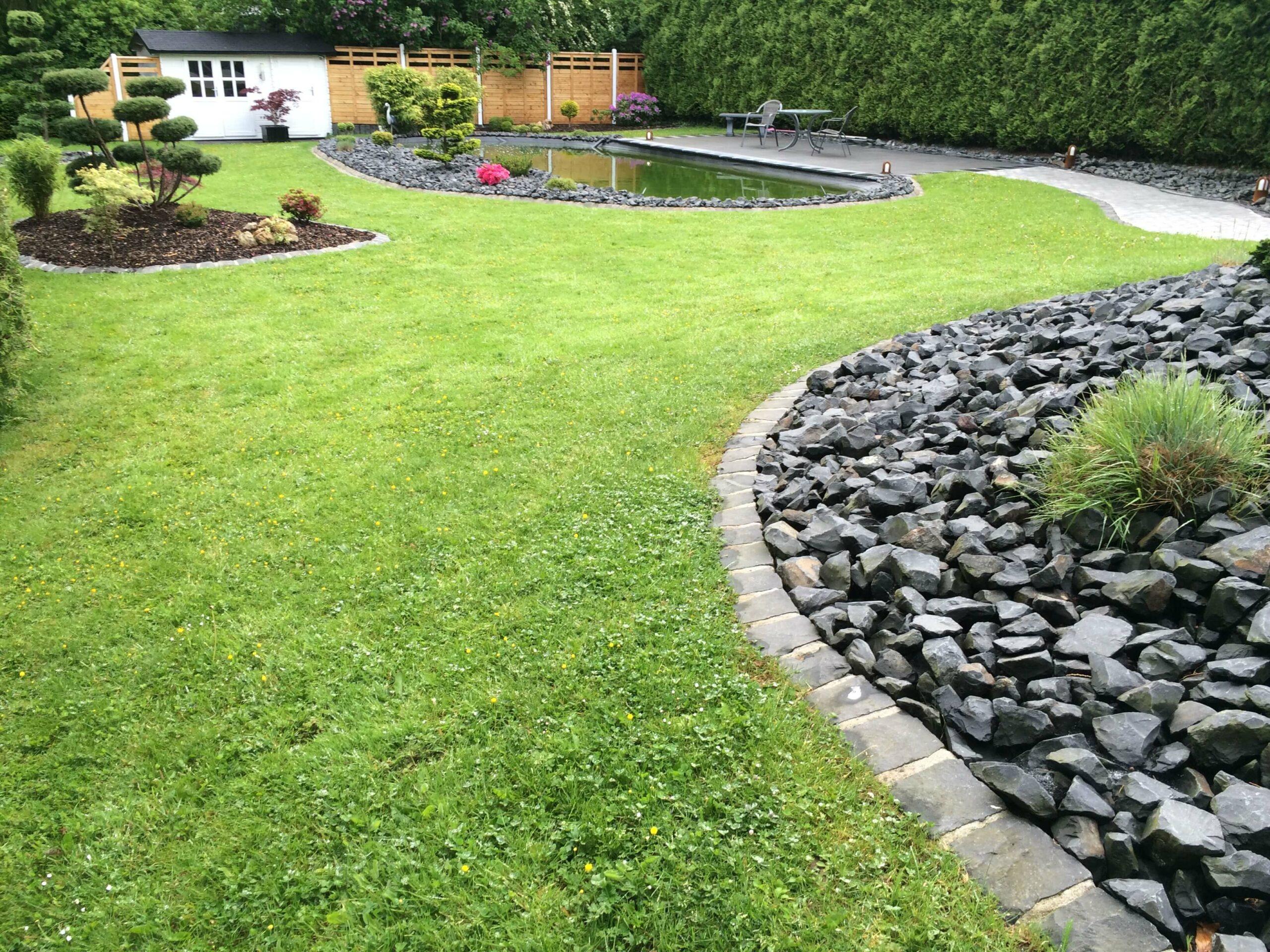 Garten Neuanlage mit Teich und Bepflanzung