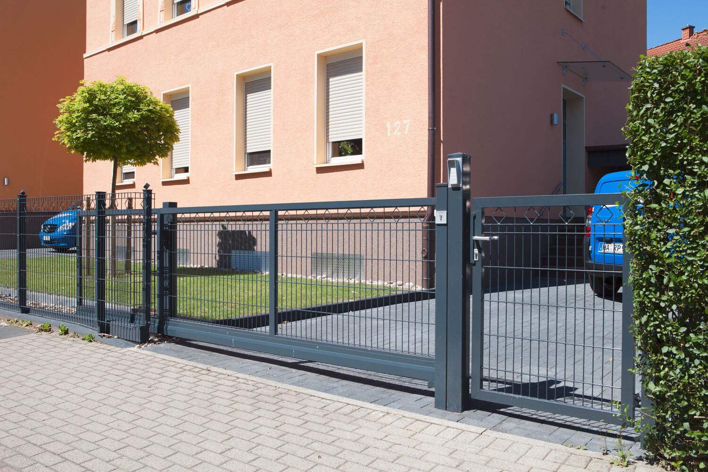 Schacht garden A1 ZaunPartner Torsysteme Schiebetor V-Star 4